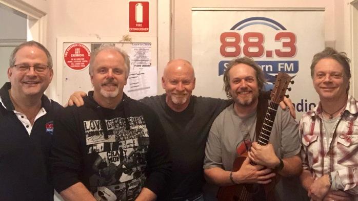 TES 88.3FM